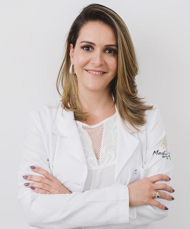 Dra. Isis Oliveira