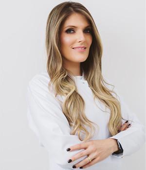 Dra. Patrícia Lycarião